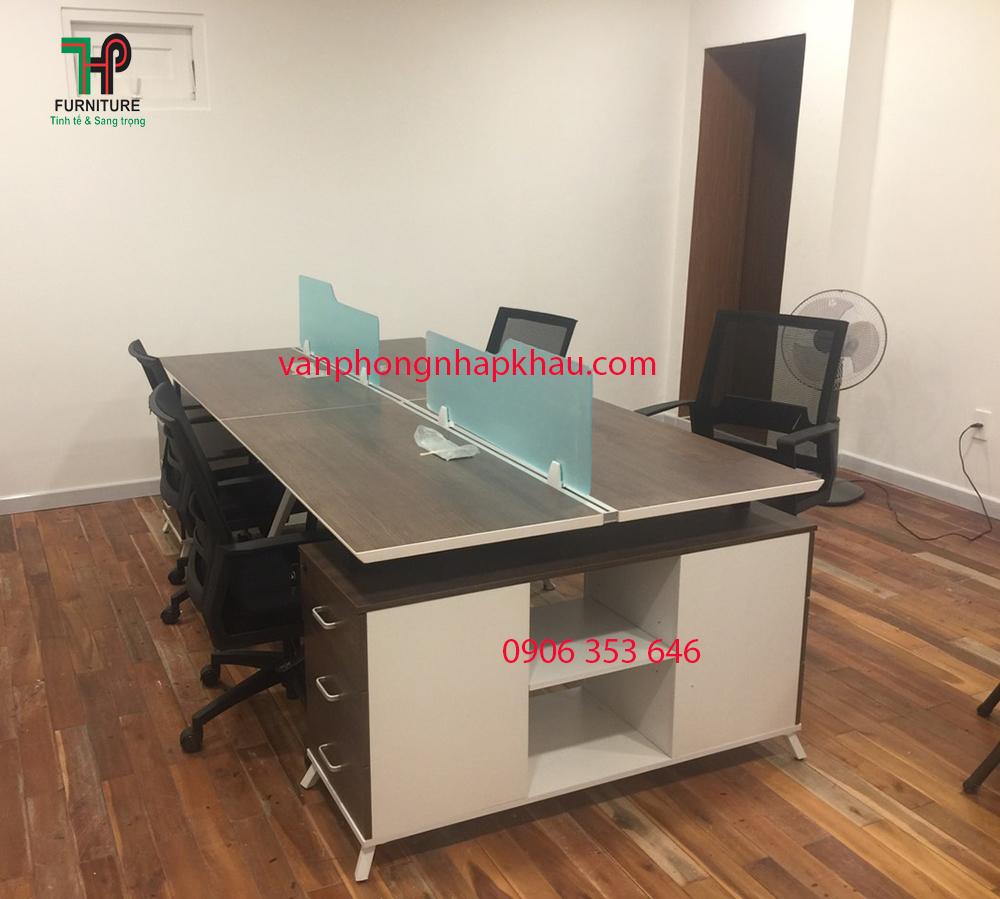 cụm bàn nhân viên