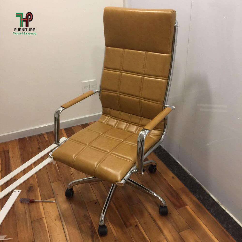 Ghế văn phòng màu kem